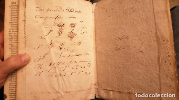 Diccionarios antiguos: THESAURUS HISPANO-LATINUS. DICCIONARIO CASTELANO-LATIN EN TAPAS DE PERGAMINO.AÑO 1831 - Foto 5 - 230404615