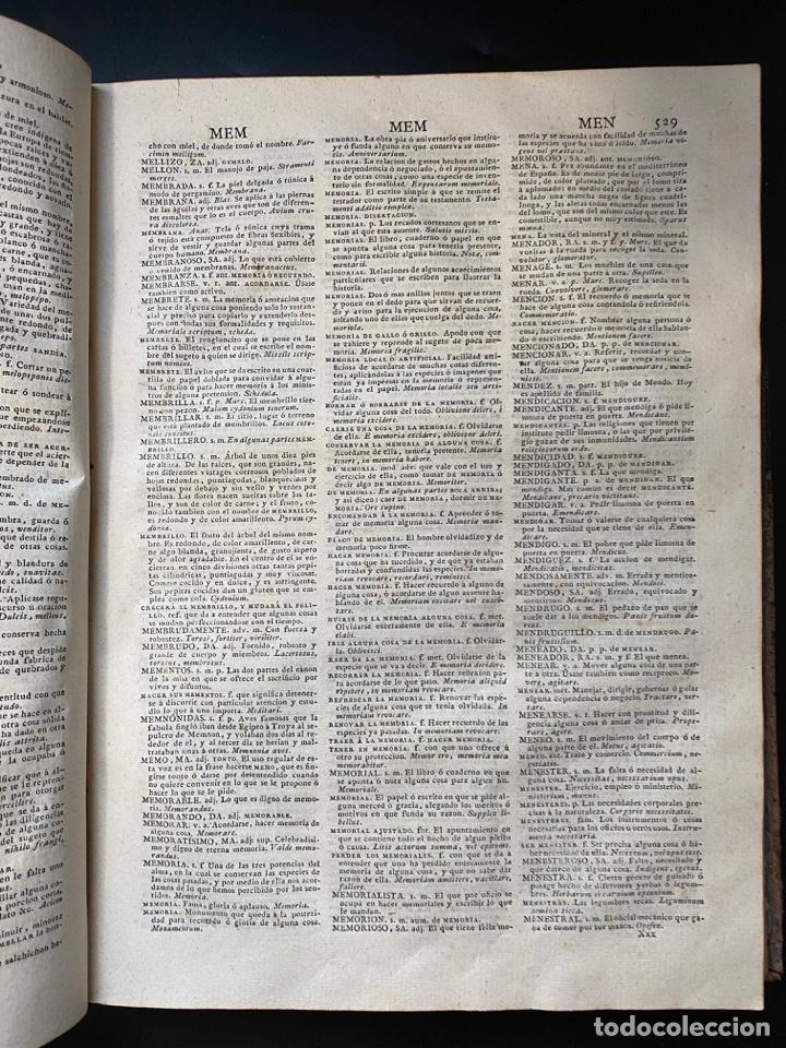 Diccionarios antiguos: DICCIONARIO DE LA LENGUA CASTELLANA. RAE. 6ª EDICION. IMPRENTA NACIONAL. MADRID, 1822. PAGS: 869 - Foto 11 - 268043664