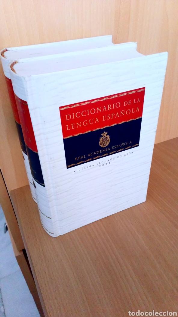 Diccionarios: Real academia española: Diccionario de la lengua española (2 vols.) - Foto 2 - 182376481