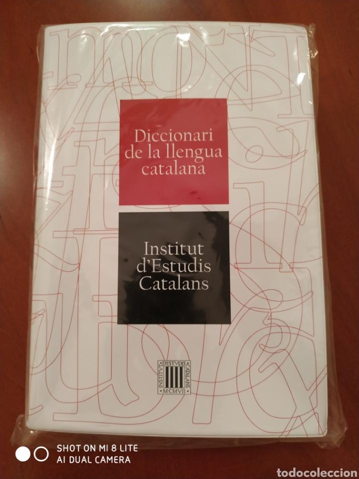 DICCIONARI DE LA LLENGUA CATALANA PRECINTAT (Libros Nuevos - Diccionarios y Enciclopedias - Diccionarios)