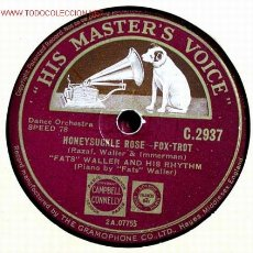 Discos de pizarra: FATS WALLER AND HIS RHYTHM ( BLUE TURNING GREY OVER YOU - HONEY SUCKLE ROSE) 78RPM. Lote 1595275