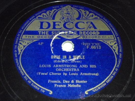 Discos de pizarra: LOUIS ARMSTRONG vocal & HIS ORCHESTRA (ON THE SUNNY SIDE OF THE STREET - ONCE IN A WHILE) ENGLAND - Foto 2 - 9922183