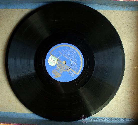 DISCO DE PIZARRA - CARLOS GARDEL - TANGO - COMO ABRAZADO A UN RENCOR / LUCES DE BUENOS AIRES (Música - Discos - Pizarra - Solistas Melódicos y Bailables)