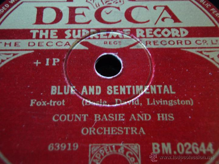 Discos de pizarra: COUNT BASIE & HIS ORCHESTRA ( DOGGIN' AROUND - BLUE AND SENTIMENTAL ) ENGLAND DECCA - Foto 2 - 45140055
