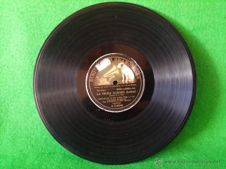 DISCO DE PIZARRA LA VIUDA ALEGRE LEHAR CANTADA POR LUISA VELA Y CORO G C-63746 (Música - Discos - Pizarra - Otros estilos)