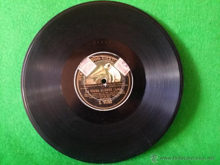 DISCO DE PIZARRA LA VIUDA ALEGRE LEHAR CANTADA POR SAGI BARBA,LOPEZ MEANA,GAMERO Y MORENO G 64300 (Música - Discos - Pizarra - Otros estilos)
