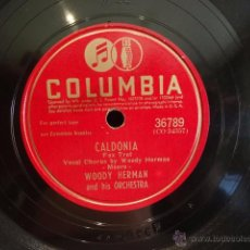 Discos de pizarra: PIZARRA !! WOODY HERMAN AND HIS ORCHESTRA. CALDONIA. PIZARRA - 25 CM / COLUMBIA - BUENA CALIDAD.. Lote 50704261