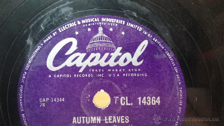 Discos de pizarra: Disco de pizarra antiguo, NAT KING COLE, un trozo del filo del disco está partido - Foto 12 - 53532018