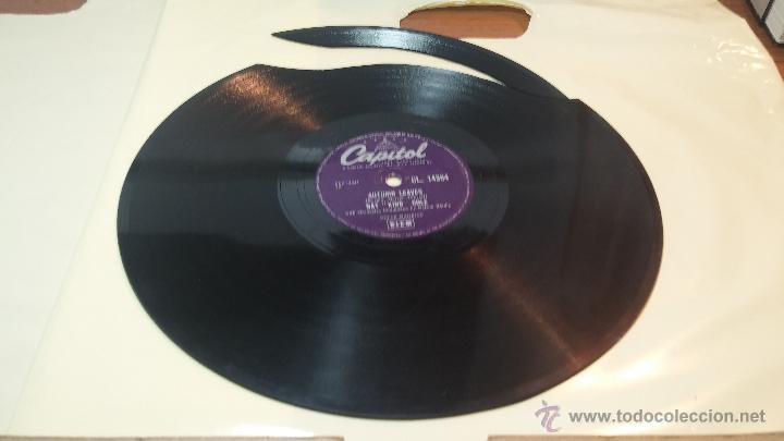 Discos de pizarra: Disco de pizarra antiguo, NAT KING COLE, un trozo del filo del disco está partido - Foto 15 - 53532018