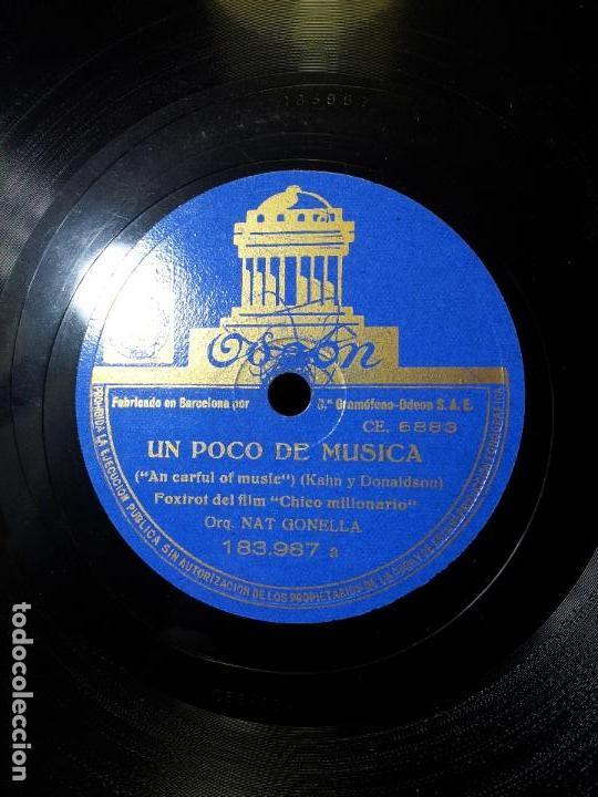 Discos de pizarra: ORQUESTA GONELLA--EL RITMO ES NUESTRO TRABAJO Y FOXTROT PELICULA CHICO MILLONARIO..UN POCO DE MUSICA - Foto 4 - 68592381