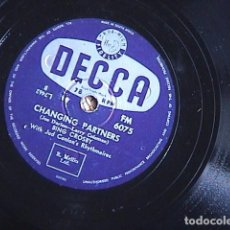 Discos de pizarra: BIRTH OF THE BLUES. / CHANGING PARTNERS. BING CROSBY.. Lote 128410703