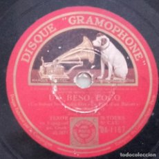 Discos de pizarra: UN BESO LOCO, LIBRE SOY, PELÍCULA EL PRECIO DE UN BESO, 10 PULGADAS, 78 RPM, LA VOZ DE SU AMO. Lote 132886110