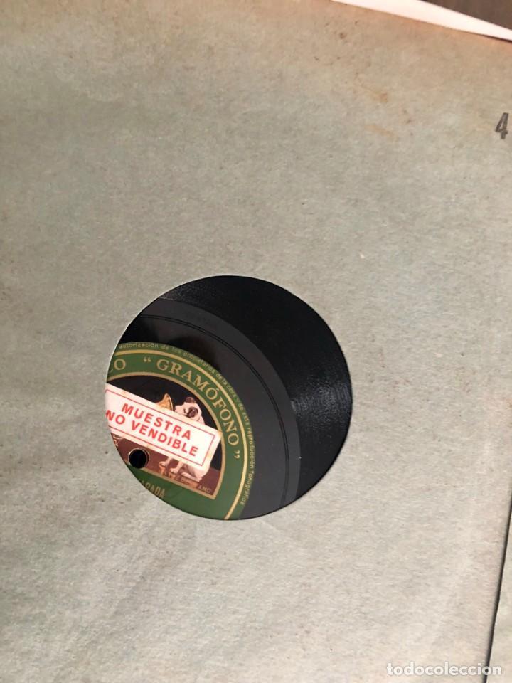 Discos de pizarra: La voz de su amo: Carpeta con más de doce discos con música variada. ver índice - Foto 5 - 151921494