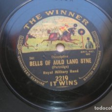 Discos de pizarra: ROYAL MILITARY BAND.BELLS OF AULD LANG SYNE./ LONDON REGIMENTAL BAND.CHRISTMAS GREETINGS.. Lote 152201830