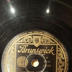 Discos de pizarra: DISCO 78 RPM - BRUNSWICK - THE FOUR ACES - AL ALBERTS & ORQUESTA - MELODY OF LOVE - JAZZ - PIZARRA. Lote 161205054