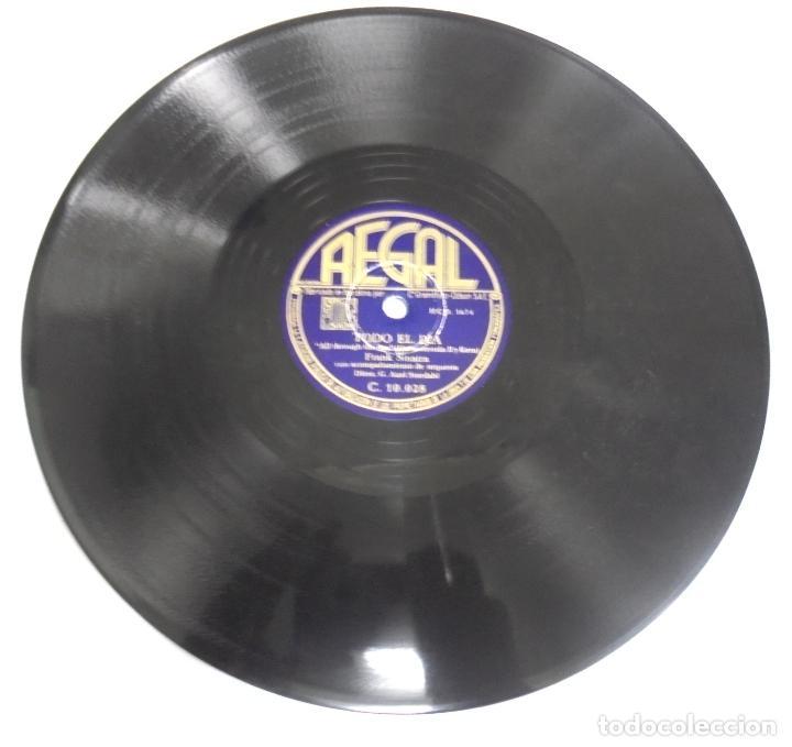 DISCO DE PIZARRA. REGAL. C 10028. EMPEZAD LA BEGUINE / TODO EL DIA. (Música - Discos - Pizarra - Otros estilos)