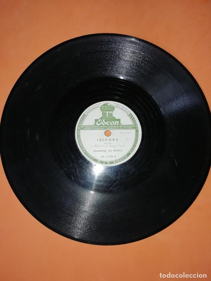 DEMONIOS DA GAROA. SAMBA. DOS DISCOS PIZARRA. URUGUAY. ODEON 1957. RAROS. (Música - Discos - Pizarra - Otros estilos)