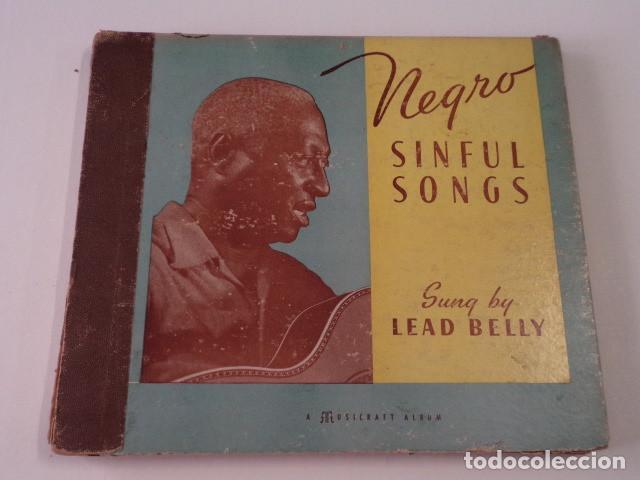 ÁLBUM CON 5 DISCOS 78 RPM NEGRO SINFUL SONGS SUNG BY LEAD BELLY - USA (Música - Discos - Pizarra - Jazz, Blues, R&B, Soul y Gospel)