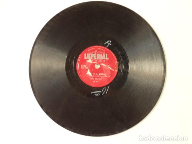 Discos de pizarra: DISCO 78 RPM FATS DOMINO - LA-LA/AINT IT A SHAME - USA - Foto 4 - 171109790