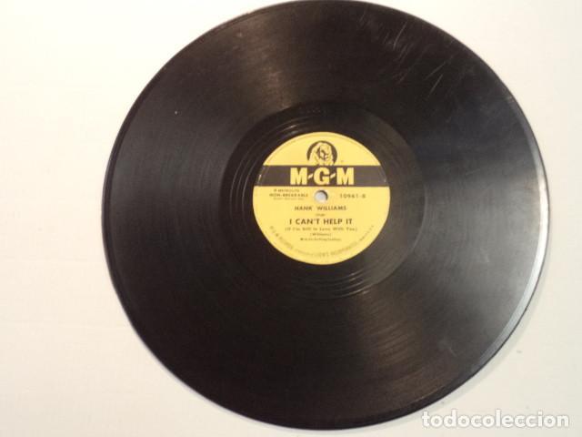 Discos de pizarra: DISCO 78 RPM HANK WILLIAMS - HOWLIN AT THE MOON/I CANT HELP IT - USA - Foto 5 - 171110035