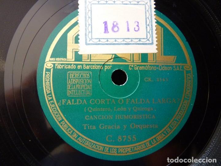 Discos de pizarra: TITA GRACIA Y ORQUESTA. ¿FALDA LARGA O FALDA CORTA? CANCIÓN. RUPERTA, VAL COMICO. REGAL C. 8755 - Foto 3 - 177877689