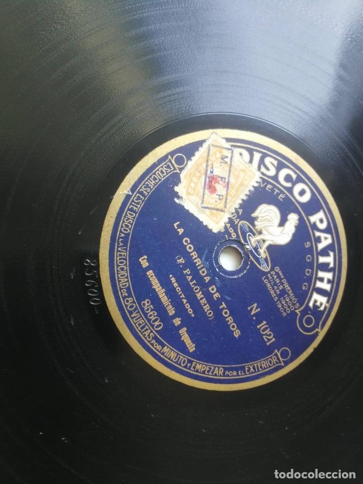 Discos de pizarra: ANTIGUO DISCO DE PIZARRA DE PATHÉ - LA CORRIDA DE TOROS DE F. PALOMERO RECITADO Y EL TREN REAL - DIS - Foto 5 - 182105911