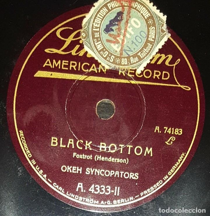 Discos de pizarra: DISCO 78 RPM - LINDSTROM - OKEH SYNCOPATORS - I´M WAKING AROUND IN CIRCLES - FOXTROT - PIZARRA - Foto 2 - 182375040