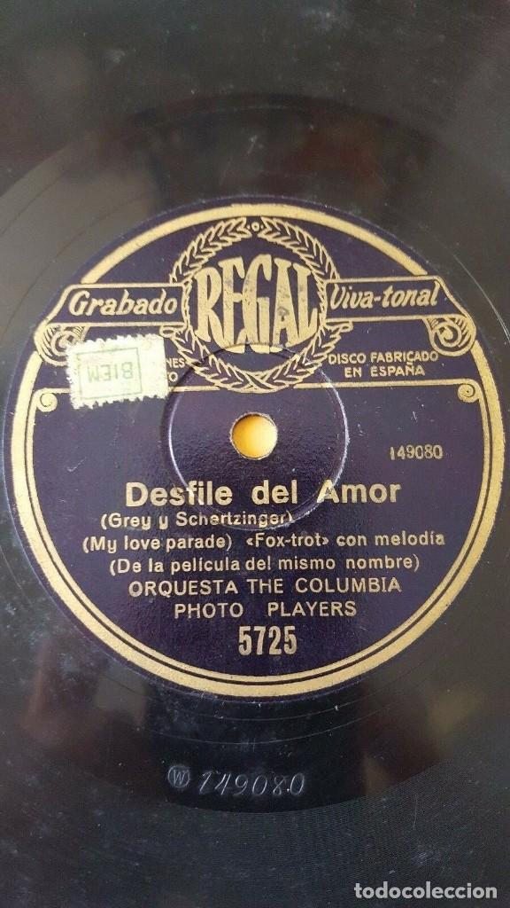 DISCO 78 RPM - REGAL - ORQUESTA THE COLUMBIA PHOTO PLAYERS - DESFILE DEL AMOR - FILM - PIZARRA (Música - Discos - Pizarra - Jazz, Blues, R&B, Soul y Gospel)