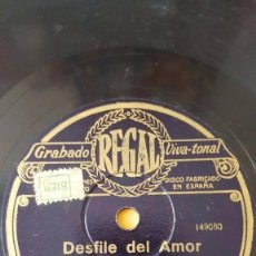 Discos de pizarra: DISCO 78 RPM - REGAL - ORQUESTA THE COLUMBIA PHOTO PLAYERS - DESFILE DEL AMOR - FILM - PIZARRA. Lote 194230968