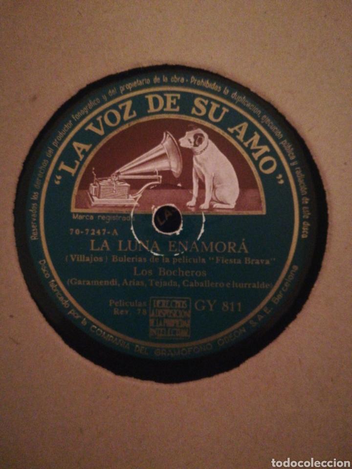Discos de pizarra: DISCO DE PIZARRA 78RPM-LOS BOCHEROS-ROMERIA VASCA/LA LUNA ENAMORÁ - Foto 2 - 194898653