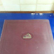 Discos de pizarra: ANTIGUO ÁLBUM DE DISCOS DE PIEDRA O PIZARRA DE 29 CM LA VOZ DE SU AMO,CON ÁLBUM. Lote 200798846