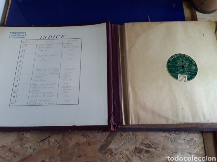 Discos de pizarra: Antiguo álbum de discos varios de piedra o pizarra de 29 cm POLIDOR,OSEON,REGAL,CON ALBUM - Foto 2 - 200800211