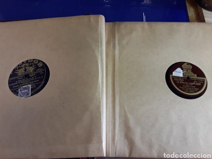 Discos de pizarra: Antiguo álbum de discos varios de piedra o pizarra de 29 cm POLIDOR,OSEON,REGAL,CON ALBUM - Foto 7 - 200800211