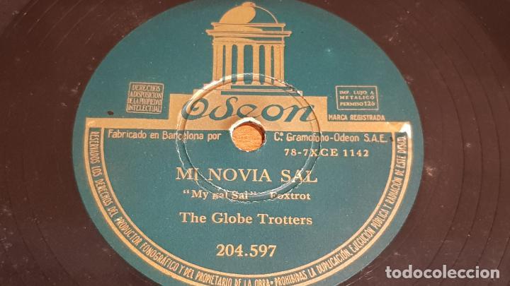 Discos de pizarra: PIZARRA !! THE GLOBE TROTTERS / A LA PUESTA DE SOL - MI NOVIA SAL / ODEON - 25 CM / BUEN ESTADO - Foto 2 - 210196465