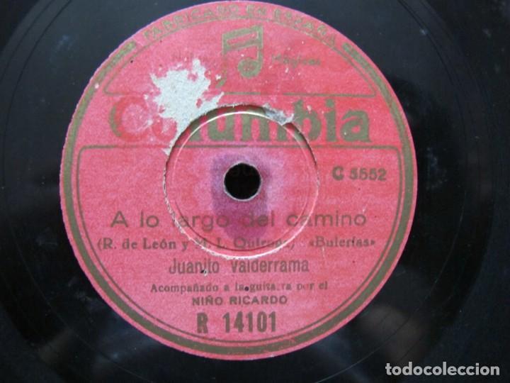 Discos de pizarra: JUANITO VALDERRAMA / LA MUERTE DEL PIYAYO / A LO LARGO DEL CAMINO (COLUMBIA R 14101) - Foto 3 - 212241158