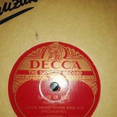 Discos de pizarra: DISCO 78RPM DECCA-LOUIS ARMSTRONG-LA VIE EN ROSE/C'EST SI BON. Lote 220542876