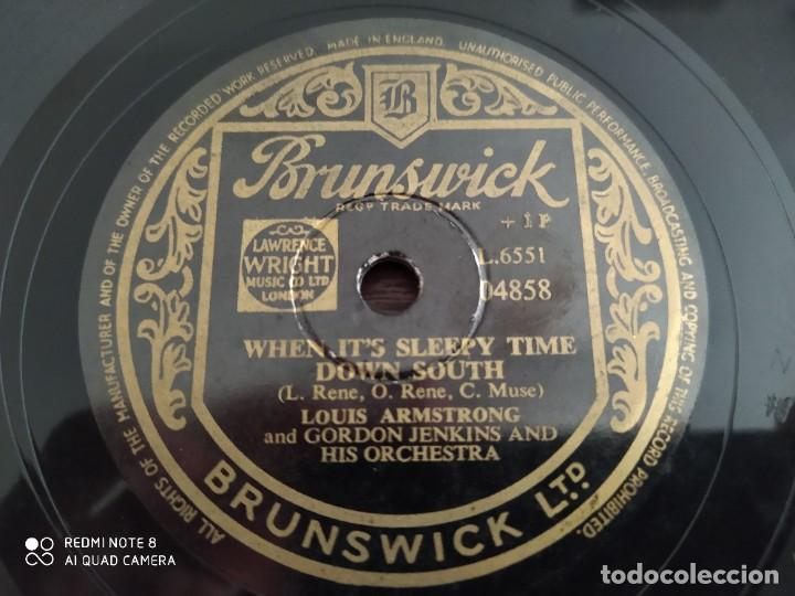 Discos de pizarra: LOUIS ARMSTRONG, when its sleepy time down south, its all in the Game, disco de pizarra 78 rpm - Foto 3 - 222096076