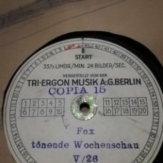 Discos de pizarra: DISCO DE PIZARRA FOX TONENDE WOCHENSCHAU 40CM. Lote 236096735