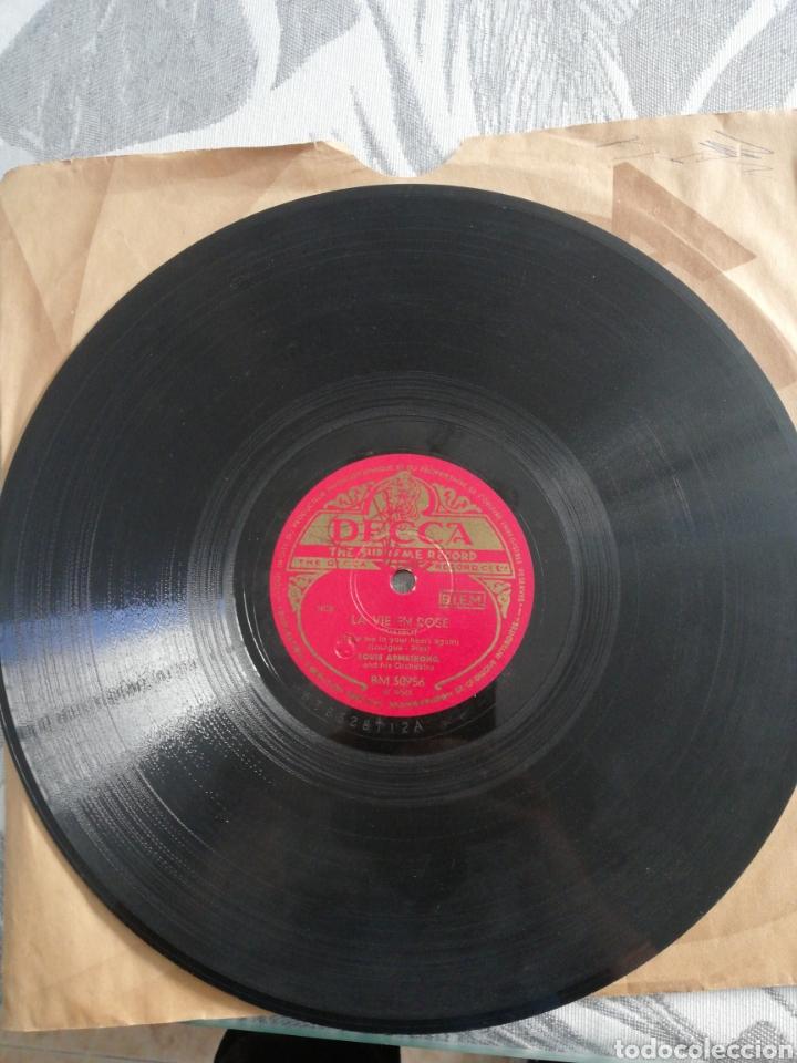 Discos de pizarra: Disco 78rpm Louis Armstrong- LA VIE EN ROSE/CEST SI BON - Foto 2 - 249324480