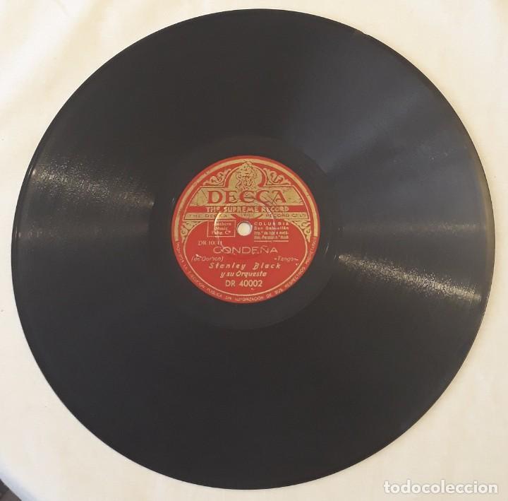 Discos de pizarra: Pizarra. 78 rpm. Decca. Nº cat: DR 40002. STANLEY BLACK Y SU ORQUESTA. A media luz / Condeña - Foto 3 - 277149818