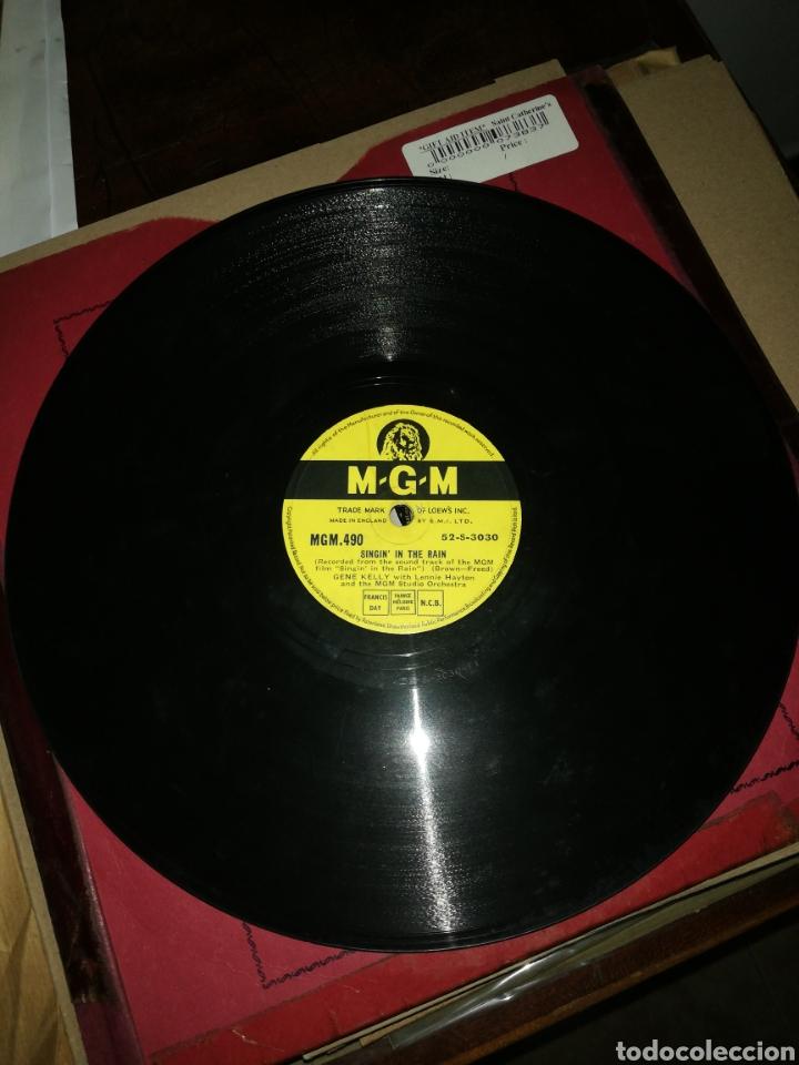 Discos de pizarra: Disco 78Rpm Gene Kelly- SINGIN IN THE RAIN(cantando bajo la lluvia) ALL I DO IS DREAM OF YOU. - Foto 4 - 277536123