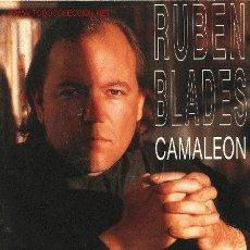 Discos de vinilo: RUBÉN BLADES - CAMALEÓN - SINGLE SELLO EPIC 1991. Lote 706156