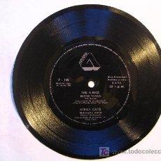 Discos de vinilo: FLEXI DISC : THE KINKS / STRAY CATS . ARISTA 1981. Lote 26449575