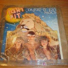 Discos de vinilo: ANTIGUO DISCO SINGLE EL LEON DUERME ESTA NOCHE, TIGHT FIT AÑO 1982 . Lote 4300449