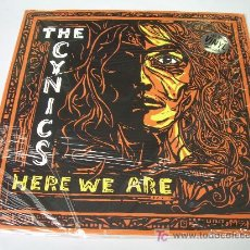 Disques de vinyle: LP THE CYNICS HERE WE ARE NUEVO LPS 2007 GARAGE. Lote 30187778