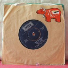Discos de vinilo: TOM JONES ( DAY BY DAY - HELP YOURSEL ) 1968 SINGLE45. Lote 6785286
