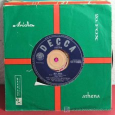 Discos de vinilo: THE JOHNSTON BROTHERS WITH JOHNNY DOUGLAS & ORCHESTRA (HERNANDO'S HIDEAWAY - HEY THERE) SINGLE45. Lote 7309773