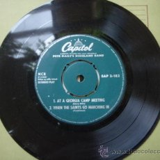 Discos de vinilo: PETE DAILY'S DIXIELAND BAND (AT A GEORGIA CAMP MEETING - WHEN THE SAINTS GO MARCHING IN - .... Lote 9582148