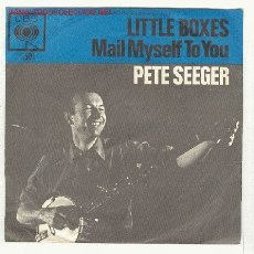 Discos de vinilo: PETE SEEGER - LITTLE BOXES / MAIL MYSELF TO YOU - SINGLE CBS, HOLANDES. Lote 26716734