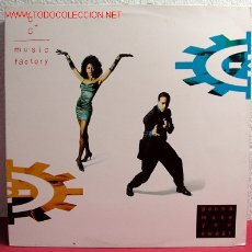 Discos de vinilo: C & C MUSIC FACTORY ( GONNA MAKE YOU SWEAT ) 1990 - HOLANDA LP33 CBS. Lote 2320885